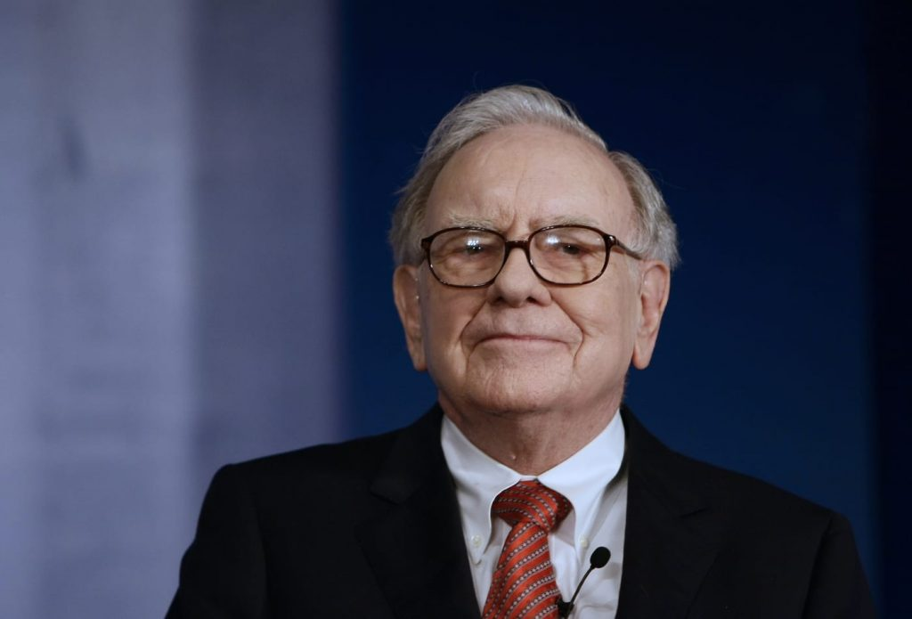 how to think like warren buffett about your business